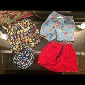 Swim shorts / shirts lot